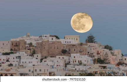 Full moon over Naxos Village!