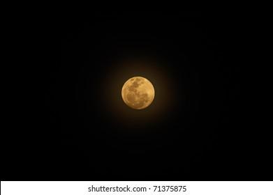 Full moon with ray