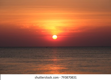 Full sun with sunset sky, sunset today and sunset tonight, sunset saturday in the Chaolao Beach Chanthaburi Thailand.