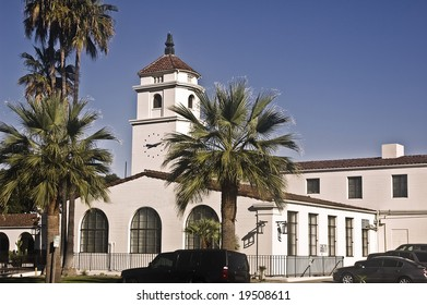 Fullerton Police Station (Old City Hall) - Spanish colonial revival classic architecture