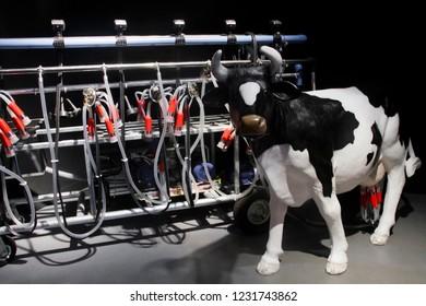 fully automatic milking machine