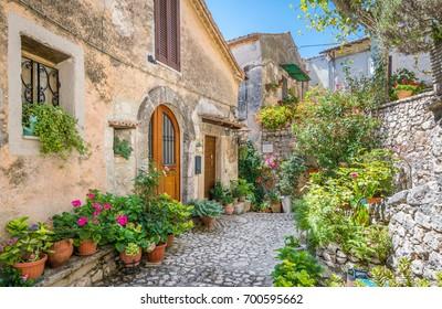 Fumone, comune in the Province of Frosinone in the Italian region of Lazio. Italy