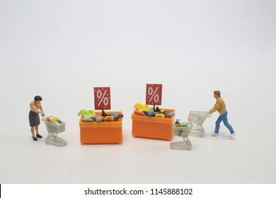a fun of figure goods on sale with discount
