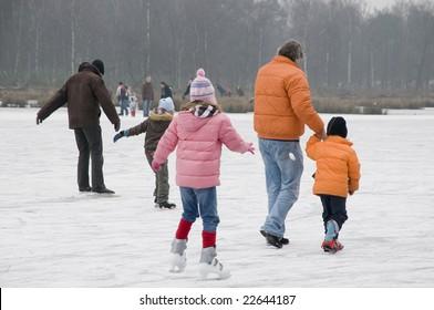 Fun with skating at natural ice