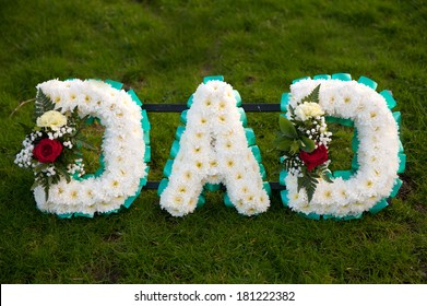 funeral flowers in the name of dad