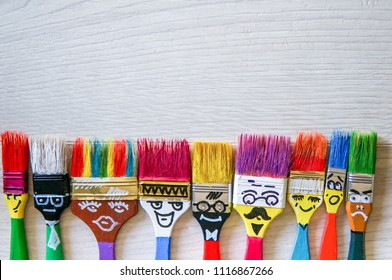 Funny brushes friends