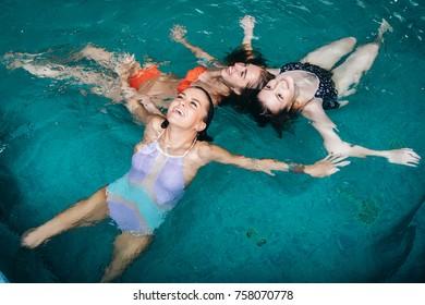 backstroke-short-film-lesbian