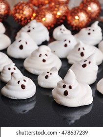 Funny meringue ghosts for Halloween party