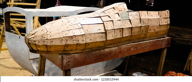 Funny traditional coffin in the shape of profession, shoes, shoes, Tanner, Accra, Ghana