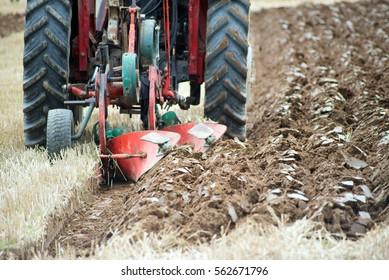Legal age teenager teens in tats plowing