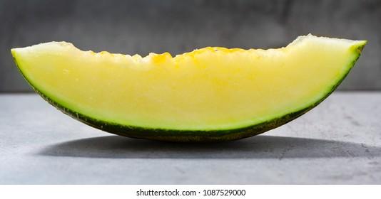Futoro melon sliced, Piel de Sapo