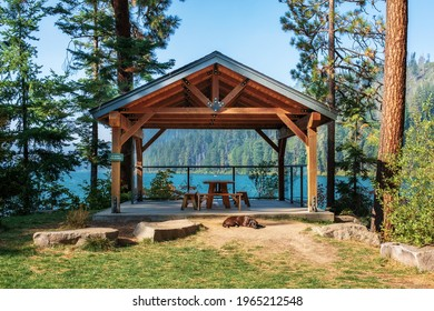 A gable roof gazebo with a stunning view of Suttle Lake