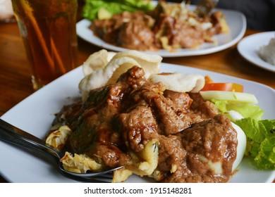 Gado-gado is one of Indonesia's traditional foods.