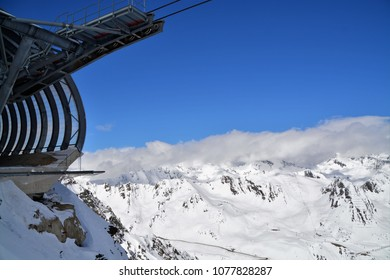 GAISLACHKOGL, SOELDEN, AUSTRIA. APRIL 06, 2018. Scenery at the peak of Gaislachkogl, Soelden in the Alps of Austria.