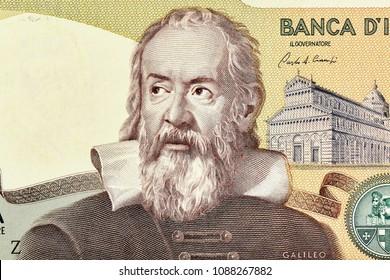 Galileo Galilei Portrait form Italy 2000 lira 1983  Banknotes.