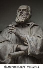 Galileo Galilei.Statue outside the Uffizi, Florence. Italy