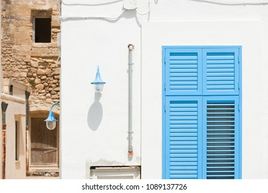Gallipoli, Apulia, Italy - Old versus new in the historical streets of Gallipoli