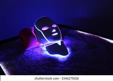 Galvanic mask on a bed of salt