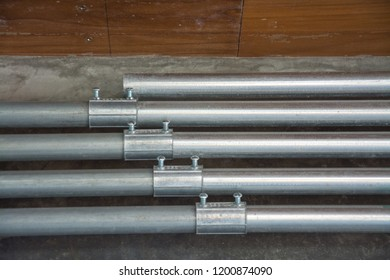 galvanized conduit pipe connection
