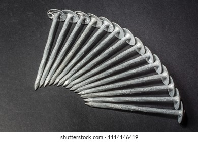 Galvanized Roofing Nails Clouts.
