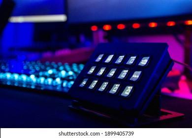 gaming keyboard streaming setup on desk