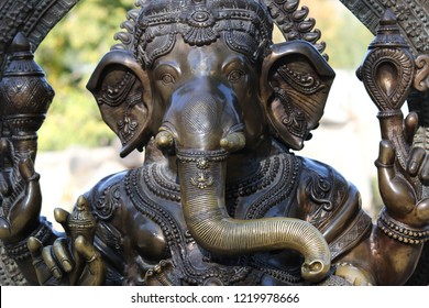 Ganesha also known as Ganapati, Vinayaka, Pillaiyar and Binayak, is one of the best-known and most worshipped deities in the Hindu pantheon