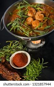 Gang-Som is Sour soup made of tamarind paste