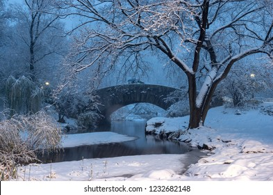 Gapstow bridge during winter, Central Park New York City . USA