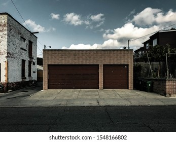 A garage in an alleyway in the city