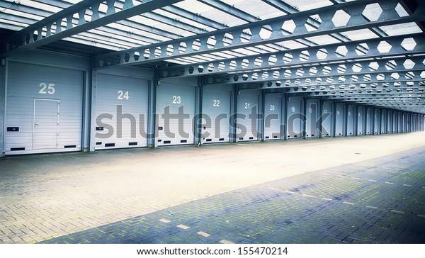 garages in row