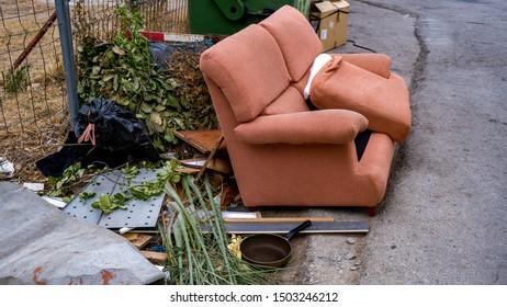 Awesome Imagenes Fotos De Stock Y Vectores Sobre Broken Old Sofa Andrewgaddart Wooden Chair Designs For Living Room Andrewgaddartcom