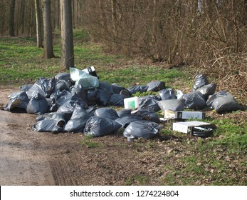 Garbage dumped of an ilegal cannabis nursery or drugs laboratory in public park costs dutch goverment millions of Euro's