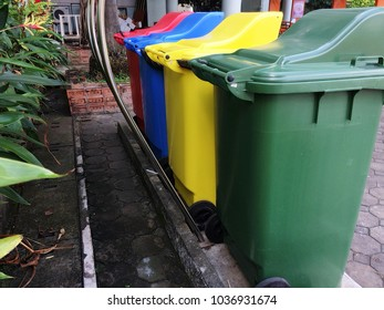 Garbage waste separation cleanliness