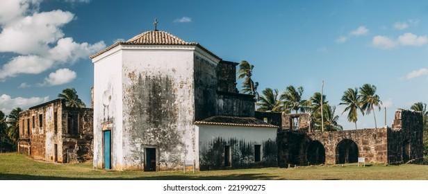 Garcia D'Avila castle remains and chapel in Praia do Forte village, Bahia, Brazil.
