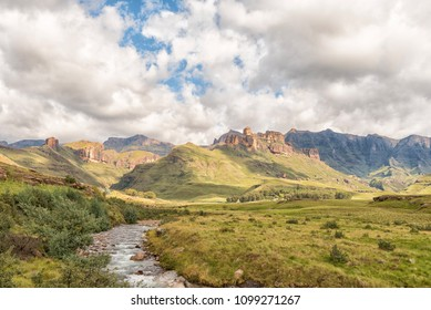 Garden Castle in the Drakensberg near Underberg. Hermits Wood Camp Site is visible between the trees in the back and the Mlambonja River in front