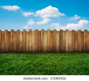 Backyard Fence Images Stock Photos Vectors Shutterstock
