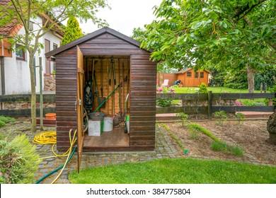 garden, hut