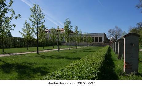 Garden next to the Milotice Castle