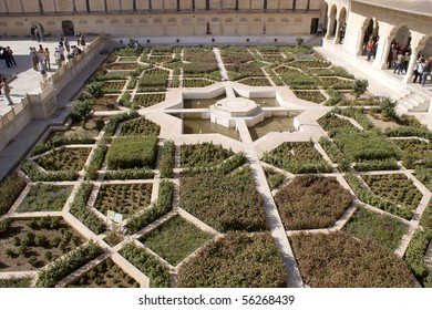 garden in the Rambagh Palace of Jaipur, India