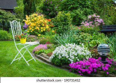Beautiful Home Garden Images Stock Photos Vectors Shutterstock