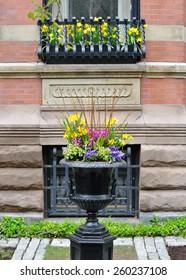 Garden urn, window box, metal grate