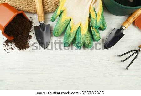 gardening-tools-on-old-white-450w-535782