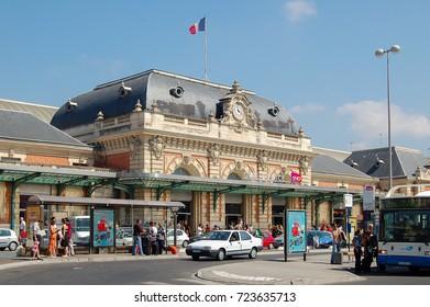 Gare de Nice-Ville, the central train station of Nice, France - 21 July 2007