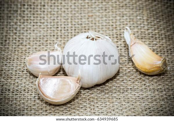 Garlic (garlic)