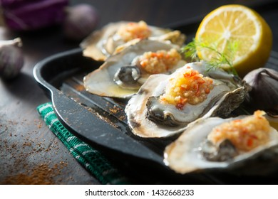 garlic chilli sauce roasted oysters