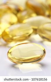 Garlic oil capsules/pills