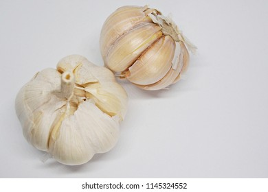 garlic top view
