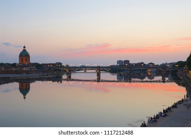 Garonne River and Saint Pierre Bridge at Sunset in Toulouse, France