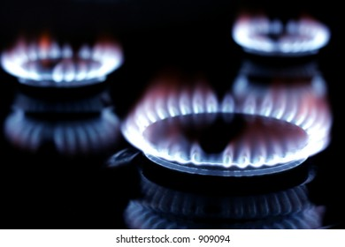 Gas burning on cooker