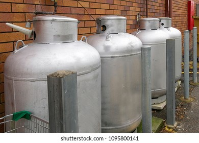 Gas can be used instead of electricty when poswer is off.  Ovens run quite well om gas